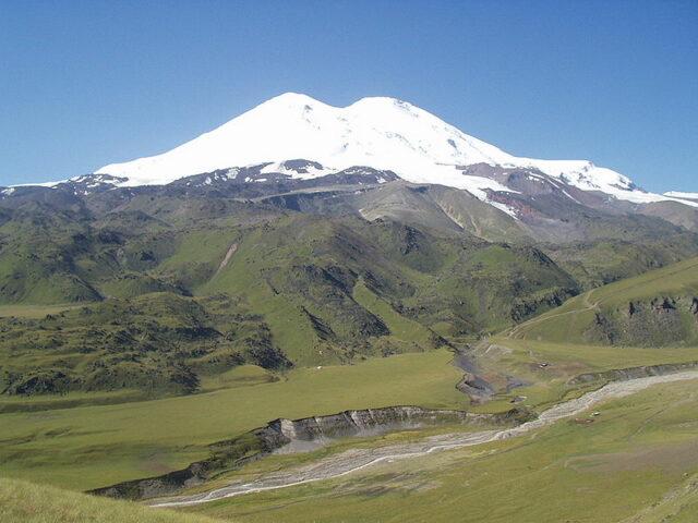 najvisi-vrh-evrope-elbrus